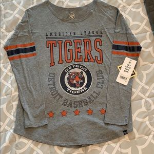 Brand New w/Tags Detroit Tigers Long Sleeve Shirt
